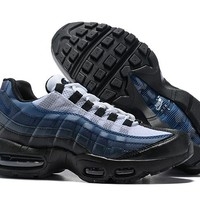 Nike Air Max 95 Essential 749766-028