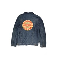 These classic denim jacket features Sgt. Peppers Lonely Hearts Club Band golden yellow color with red color embroidered patch detailing on back, front button closure and a bit of stretch for added comfort, two breast pockets and two side pockets. It looks