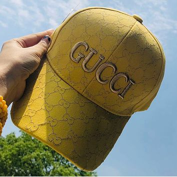 GG Embroidered duck tongue hat