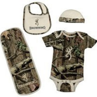 Browning Baby Boys' Camo Bodysuit, Hat, Bib And Burp Rag Set 6M-18M Tan 12