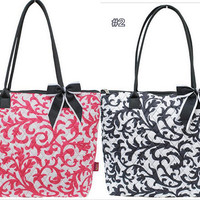 damask print purse,quilted purse