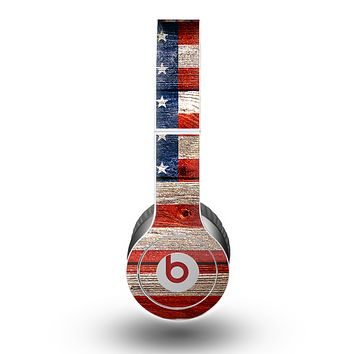 The Wooden Grungy American Flag Skin for the Beats by Dre Original Solo-Solo HD Headphones