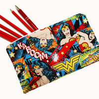 Wonder Woman Pencil Case / Make-up Bag
