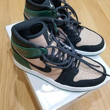 Fashion high-top sneakers basketball shoes