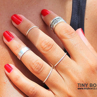 Silver Ring Set - Cute Stacking Rings - Silver Ring - Knuckle Rings - Midi Rings - Set of 5 Stackable Rings by TinyBox12