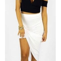 Sexy Black Plunging Sweetheart Off The Shoulder Cap Sleeve Textured Crop Top