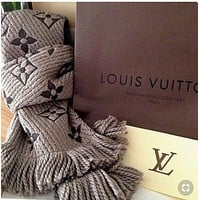Louis Vuitton LV Popular Louis Vuitton Jacquard Cashmere Cape Scarf Scarves Shawl