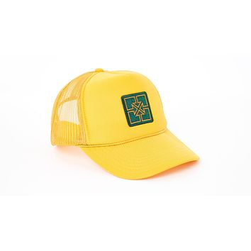 Fit Key Patch Trucker Gold With Green Patch