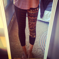 Tribal Print Black Leggings Sz. Medium