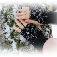Long Black Wrist Warmers, Snowflakes Pattern, Beaded Arm Warmers, Fingerless Gloves Cuff, Beaded Silver Color, Luxurious Cashmere Wool, Gift