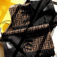 Fendi new small F letter cashmere scarf autumn and winter warmth shawl all-match thickening scarf