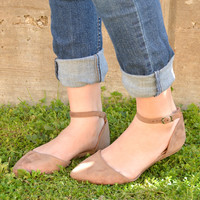 Hold Me Close Flats - Taupe