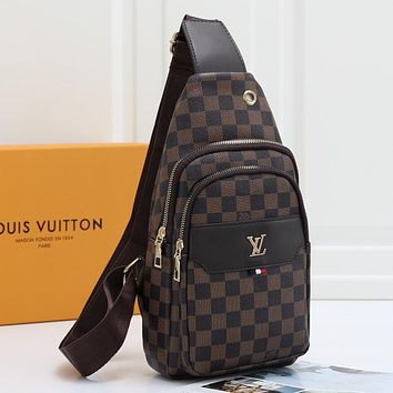 Louis Vuitton LV Woman Men Fashion Leather Chest Bag Crossbody Shoulder Bag Satchel