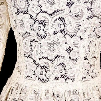 Exceptional Vintage Ivory Venetian Point Lace  Gown Provenance 36-28-Free