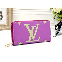 LV 2019 new women's simple and stylish versatile zipper purse clutch bag purple