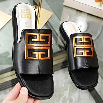 Givenchy New fashion leather shoes flip flop slippersBlack