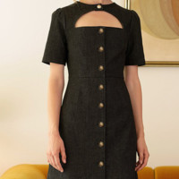 Hot style is a hot seller of vintage button embellished short-sleeved cut-out neck dresses