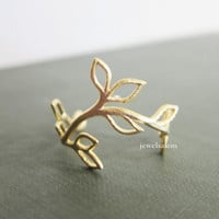 Gold Leaf Ring Twig Ring Gift Delicate Made to Order Customized Ring Woodland Rustic Dainty Jewelry