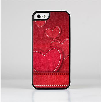 The Pocket with Red Scratched Hearts Skin-Sert Case for the Apple iPhone 5/5s