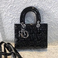 Women Fashion Simple Handbag