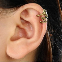 New Punk Gothic Tiny Frog Ear Cuff