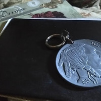 Huge Vintage Oversized 1913 s Indian Head Buffalo Nickel Coin Keychain Metal Replica Olde Five Cent Piece Coin Collector's Keyring Keychain