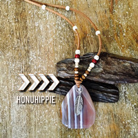 Native American Freedom agate feather pendant. Boho tribal jewelry