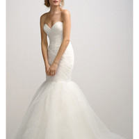 Ivory Sweetheart Neck Tulle Fit and Flare Wedding Dresses - Basadress.com