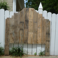 Fancy Pallet Headboard- Queen
