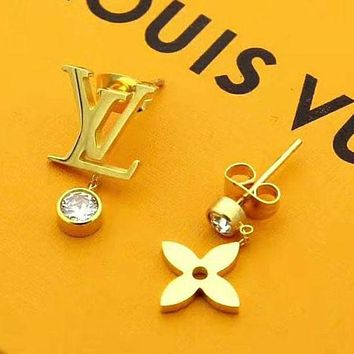 Louis Vuitton LV New Fashion Letter Diamond Personality Earring Accessories