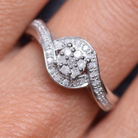 1/4 cttw Sterling Silver Diamond Wave Ring (1/4cttw, I-J Color, I3 Clarity)
