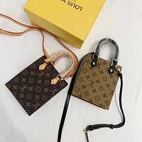Louis Vuitton LV Monogram Mini Tote bag Shoulder bag