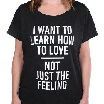 To Write Love on Her Arms Official Online Store - Noah Gundersen Scoop Shirt