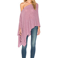 Chumash Solid Poncho in Berry