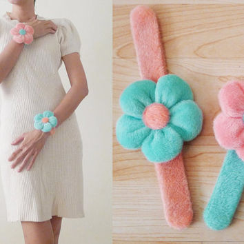 90s Mint Green and Pink Pastel FURRY flower BRACELET, indy Prom accessories, Grunge, kistch, hair accessories, pastel goth, punk, free size