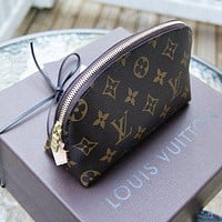 Hipgirls Louis Vuitton LV fashion zipper cosmetic bag handbag cosmetic bag purse wallet