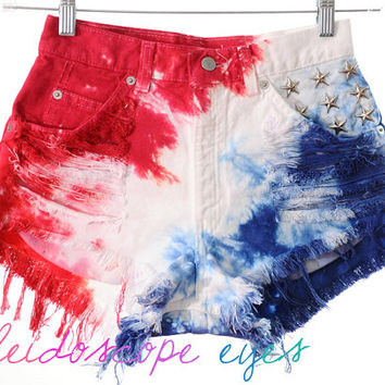 Vintage Levis 4TH OF JULY Studded American Flag Tie Dye Stars & Stripes Cut Off Shorts S