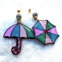 THE UMBRELLA EARRING
