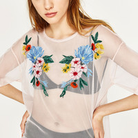 EMBROIDERED TULLE T-SHIRT DETAILS