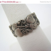 SALE Vintage Sterling Sweetheart Ring - Hearts and Arrows Valentine Wedding Band