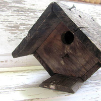 Vintage barn board Birdhouse / rustic bird house / distressed primitive decor