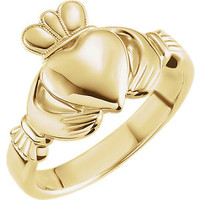 Platinum 7.5mm Claddagh Ring Size 7