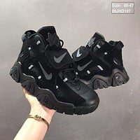 Nike Air Barrage Mid QS All Black