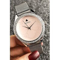 8DESS GUCCI Woman Men Fashion Diamonds Quartz Classic Wristwatch Watch
