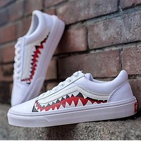 BAPE x Vans Old Skool Custom 17ss SHARK MOUTHS Low Sneakers Convas Casual Shoes XH52 OS