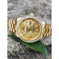 Rolex classic casual men and women models wild fashion white dianond quartz watch Gold B