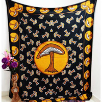Black Yellow Mushroom Bedspread Wall Hanging Tapestry – TheNanoDesigns