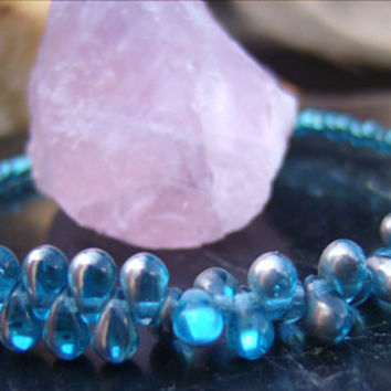 Turquoise Glass Bracelet, Magnetic Clasp, Bracelet, Beaded, Woman, Direct Checkout