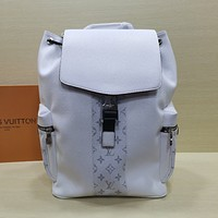 lv louis vuitton shoulder bag lightwight backpack womens mens bag travel bags suitcase getaway travel luggage 28