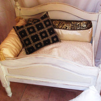 unique shabby-chic dog bed...